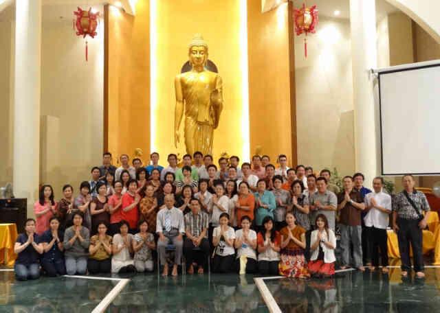 Kelas Dhamma Abhidhamma 28 Mei - 10 Juni 2014 bersama Prof. DR. Mehm Tin Mon, VDJ, Surabaya