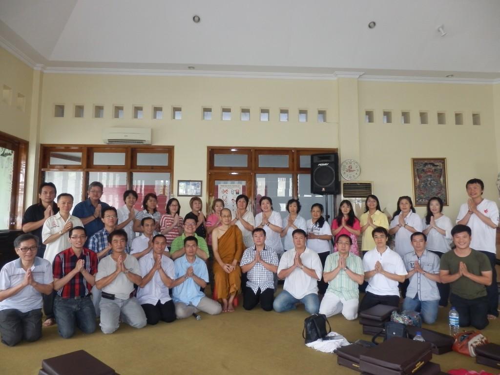 Praktik Samadhi 14-16 November 2014 bersama Bhante Thitayanno, Edhaka, Surabaya